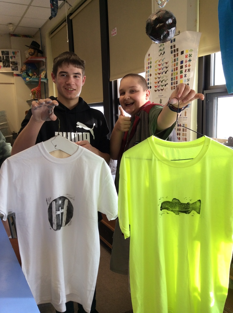 Linoleum Block Printmaking Lesson 8th grade art students designed, carved and printed wearable art!